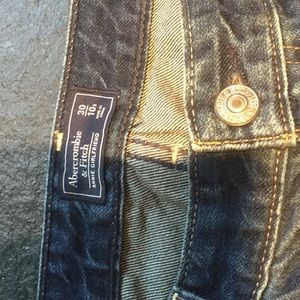 Abercrombie & Fitch Jeans - Abercrombie & Fitch distressed embroidered jeans